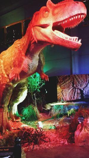 Dinosaurus No People