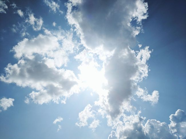 Heaven's light is the brightest Day Blackandwhite 10 Relaxing Religion Sunset Sun Sunlight Glare Rain Blue Backgrounds Sky Only Pattern Sky Cloud - Sky Cumulus Cloud Meteorology Stratosphere Wispy Cirrus Shining Streaming Fluffy Heaven