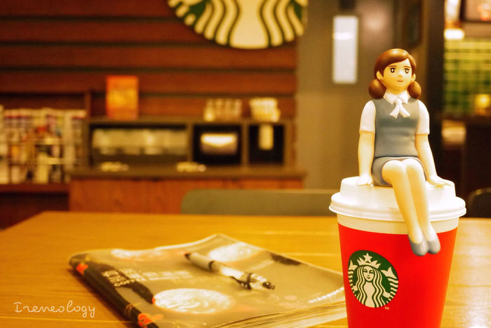 Cup Dolls フチ子 Fuchiko Red Red Cup Latte Starbucks