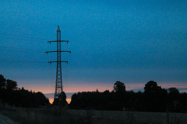 Antenna - Aerial Broadcasting Communication Connection Day Electricity Pylon Horizontal Low Angle View Nature No People Outdoors Silhouette Sky Sunset Technology Telecommunications Equipment Television Aerial Tree