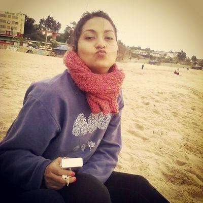 Un dia de invierno en la playa :) Duckface Beach Elquiscochile Cigarros frio