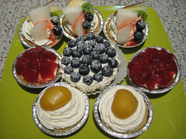 Baked Chestnuts Dessert Food Freshness Fruits Home Made Dessert Mini Cakes No People Plate Ready-to-eat Serving Size Strawberry Sweet Food Temptation タルト デコレーション例 ミニケーキ 手作りお菓子 果物