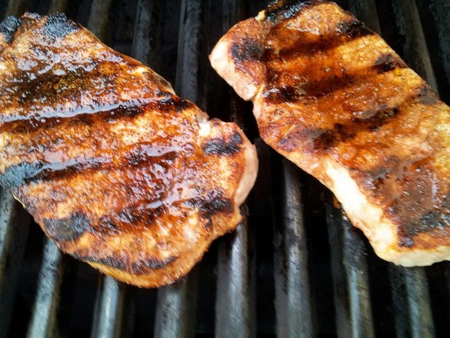 Grilled pork chops Grilled Pork Pork Chops Porkchops Grilledpork BBQ Grilled Grilling Pork Grilled Meat Grill Overhead View Foodphotography Food Food Photography Lines BBQ Time Meat! Meat! Meat! Barbeque Barbecue Cooking Close-up Two From Above  Porkchop Foodie