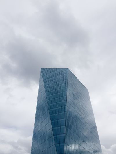 Architecture Building Exterior Built Structure Cloud - Sky Cloudy Day Diamond Glass Building London London Architecture Looking Up Low Angle View Minimal Minimalism Modern Modern Architecture Modern Building No People Outdoors Sky Skyscraper The Architect - 2017 EyeEm Awards