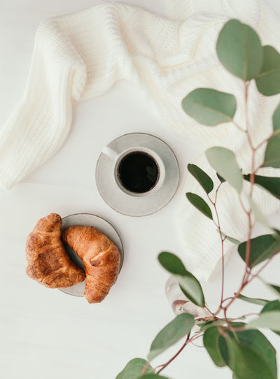 Coffee Croissant Breakfast Morning Cup Cappuccino Background Drink Pastry Top View Flat Lay Table Latte Cafe Espresso White Hot Americano Caffeine Bread Food Dessert Fresh Brown Rustic Break Linen Minimalist Minimal Cotton Beige Golden Atmosphere Sweet Above Composition Ceramics Mug Black Beverage Time The Foodie - 2019 EyeEm Awards The Minimalist - 2019 EyeEm Awards