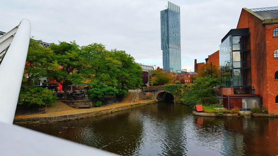 Hanging Out Hello World Enjoying Life Taking Photos Foodphotography Manchester City Veiw From Cannal Scenery Shots Beauty Of Decay Hilton Hotel