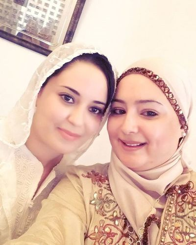 With Cousine  3rousetna Zde9 Hadhemi