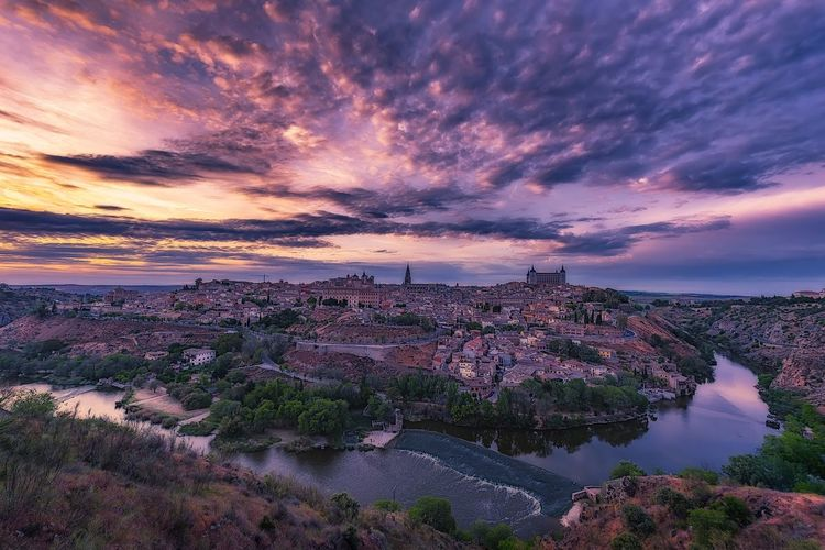 Toledo Sunset Toledo Spain Cloud - Sky Clouds Scenics Nature No People Outdoors Travel Destinations Architecture EyeEm Ready   EyeEmNewHere EyeEmNewHere Adventures In The City The Great Outdoors - 2018 EyeEm Awards My Best Travel Photo My Best Photo My Best Photo Stay Out