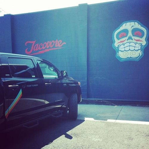 Life is short. Be a Tacovore! Tacos !