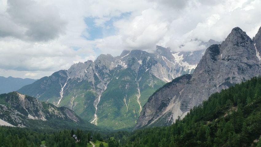 EyeEm Selects Tree Mountain Rural Scene Beauty Sky Landscape Cloud - Sky Snowcapped Mountain Mountain Range Rocky Mountains
