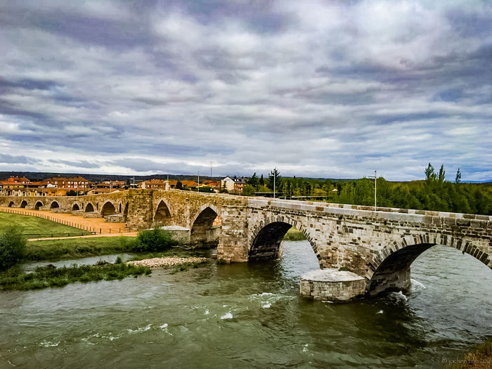 Arch Arch Bridge Architecture Bridge Bridge - Man Made Structure Cloud Cloud - Sky Cloudy Connection Day Engineering Jakobsweg Landscape Nature No People Outdoors Overcast River SAINTJAMES Saintjamesway Sky Tranquil Scene Tranquility Water