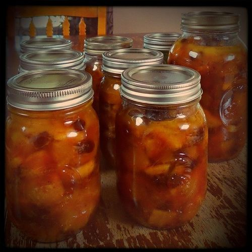 Finished. I ended up with seven Pint jars and one Quart jar of Mincemeat pie filling. Autumnisnear icantasteit canning foodpreservation apples oranges lemons raisins and spices