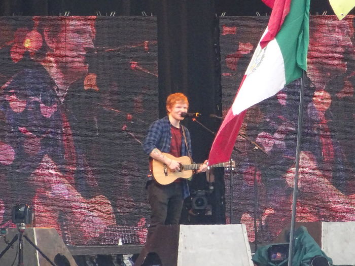 Ed Sheeran Festival Season Fun Glastonbury 2014 Happy Outdoors Screen Smiling