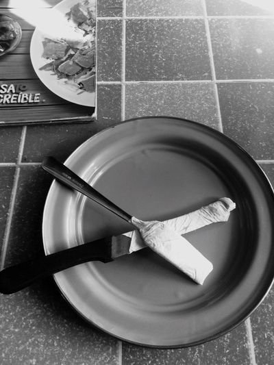 Plate Indoors  Fork Unhygienic No People Bowl Empty Plate Close-up Day
