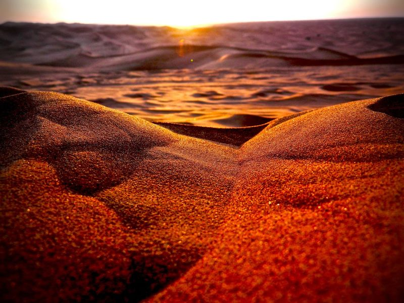 Christmasday Desert Dubai Golden Sand Shiny Deserts Around The World Arabian Peninsula Desert