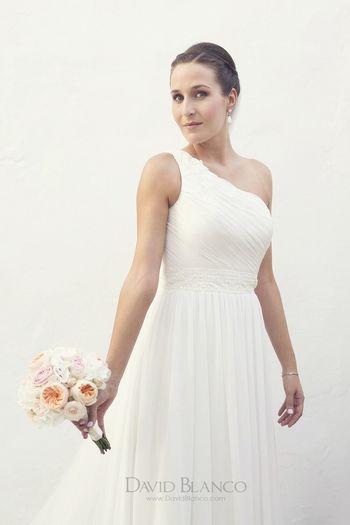 Una imagen de la boda de B+A Wedding Vscocam Portrait Lifestyle
