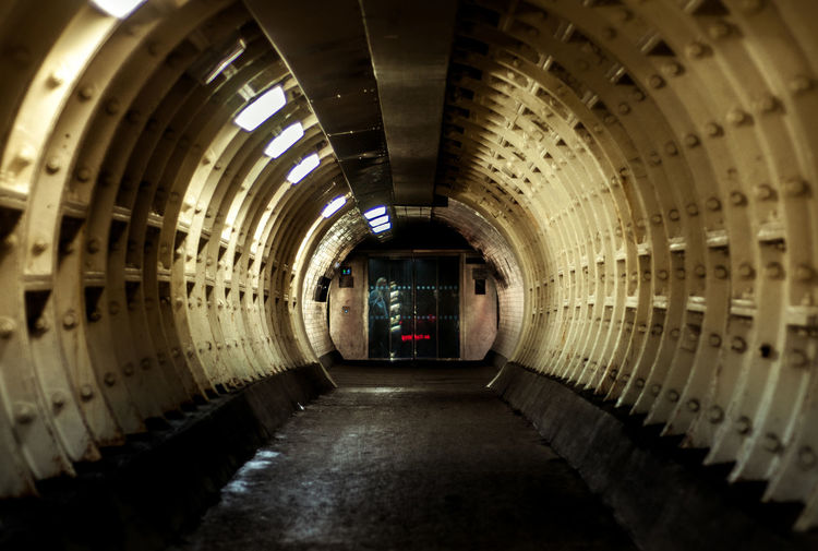 Street London Tunnel Apocalyptic Apocalypse Nuclear Fallout Metro Metro2033 Bunker Tube Elevator No People Indoors