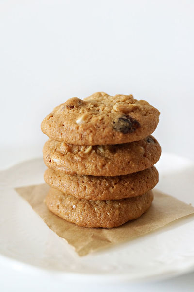 Baking Biscuit Breakfast Chocolate Chocolate Chip Cookies Cookies Delicious Dessert Fresh From The Oven Freshly Baked Freshness Holiday Kids Favorite. Lifestyles Milk Sweet Teatime Temptation Tray Yummy