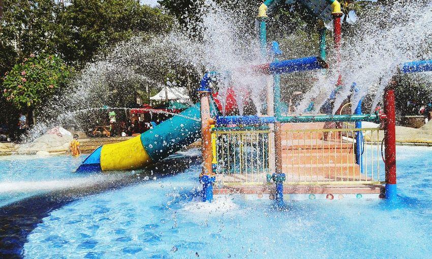 Splashing Spraying Water Park Motion Water Enjoyment Fun Real People Outdoors Water Slide Leisure Activity Day Lifestyles Nature Travel Parks And Recreation Jakarta Horizon Over Water EyeEmNewHere