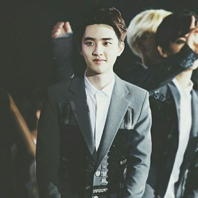 | 140607 | I Love You Republic of Korea 2014 Dream Concert . I wanna back to hotel !!!!! My mum and my sis are monster !! Gosh . Come One EXO || Kyungsoo Dokyungsoo 都暻秀 嘟嘟 도경수 디오 exok exo exom exotic 엑소 xenpais EXOsmine smpackofwolves exodaebakkk kyungsooish || follow @d.otv