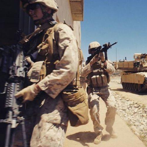U.S Marines in Iraq USA Us Military USMC Heroes Brave