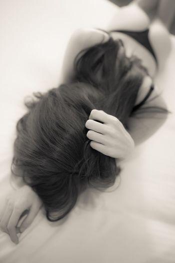 Blackandwhite Photorhythm Hair Hand