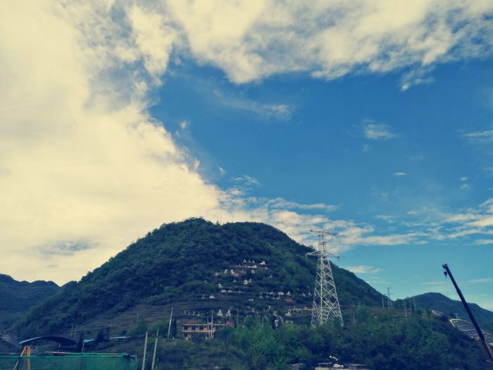 Cloud - Sky Tree Mountain Nature Architecture No People Day Built Structure Sky Outdoors