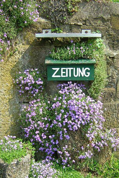 Stillleben Post Briefkasten