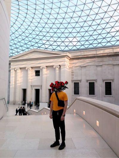 I was 2 Lndn för inte jättelänge ago and while I was there I gathered massor av kulturpoäng, här är ett av dem, The British museum 🇬🇧 Tulipan Don Rosmoes London Full Length