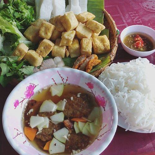 Thèm bún chả w bún đậu nên dắt díu nhau đi ăn 😛 Bunchahanoi Búnđậumắmtôm Bundaumamtom Food Foodporn Vietnamfood Buncha
