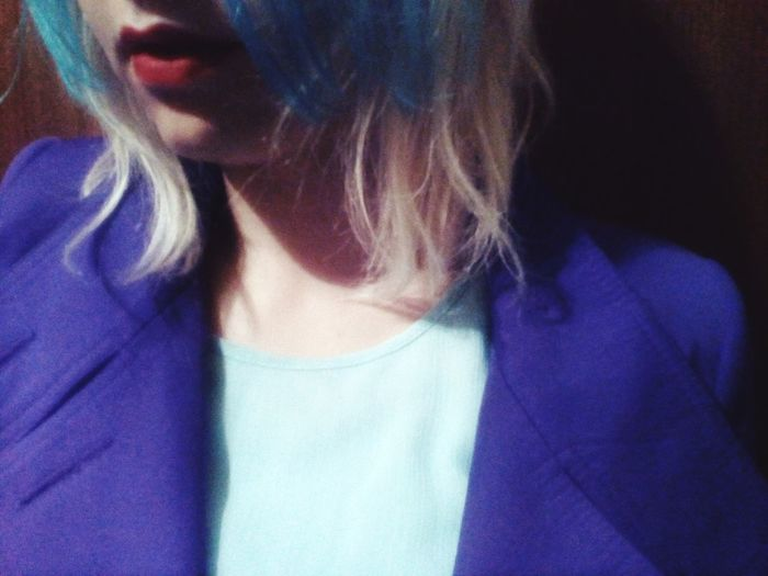 One Person One Woman Only Adult People One Young Woman Only Blue Close-up Indoors  Blond Hair Young Adult