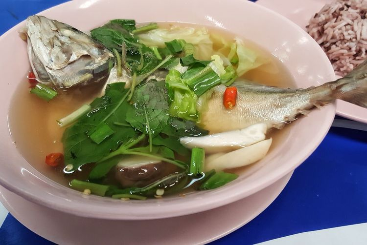 Thaifood ต้มยำ ต้มยำปลาทู City Soup Bowl Plate Appetizer Chinese Food Table Close-up Food And Drink Noodle Soup Scallion Ramen Noodles Sashimi  Steamed  Soup Bowl Japanese Food Spring Onion Noodles Salmon - Seafood Dim Sum Chinese Dumpling
