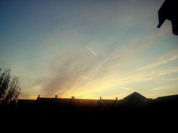 Morning Matin Sun Soleil Levédesoleil Chambre Vue Bonnehumeur