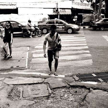 Crossing The Street People Life Monochrome
