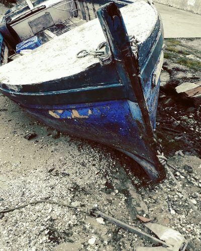 Bateau de pêcheur, le vagabond Blue Boat To The Beach Ancre ⚓ Paysages De France Fishing Boat