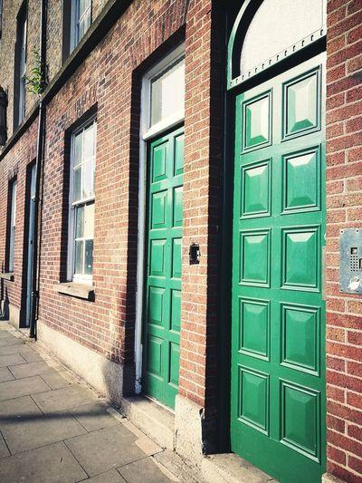 Door Color Green Wall