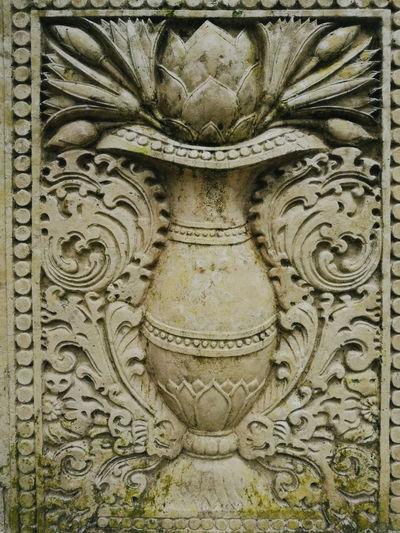 Full frame shot of old sculpture