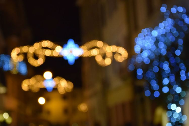 ...riflessi Illuminated Night Defocused City Christmas Christmas Decoration No People Business Finance And Industry Outdoors Close-up Lighting Equipment Light Luce Sfuocato  Bookeh Effect Treviso, Italy