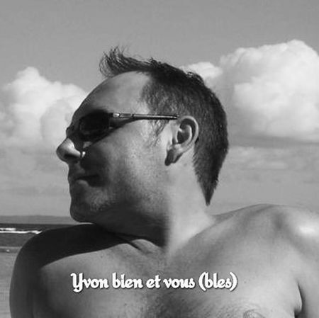 self portrait Yvonbien Guadeloupe Gwadeloupe Gwada  971 Blackandwhite Mer Sea Beach Plage Voyage Trip Vacations Holiday Human Body Part One Person Human Face One Man Only Only Men Adult Headshot Portrait Adults Only People Eyeglasses  Men Outdoors Day