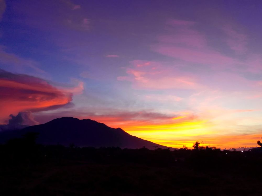🏞💕 Mountain Landscape Cloud - Sky Silhouette No People Outdoors Nature Scenics Beauty In Nature Sunrise EyeEm Nature Huaweigr52017 Photography Themes Day Philippines Eyeem Philippines EyeEm Selects PhonePhotography Beauty In Nature EyeEm Gallery Mt.Isarog Bicol, Philippines Cam Sur It's More Fun In The Philippines