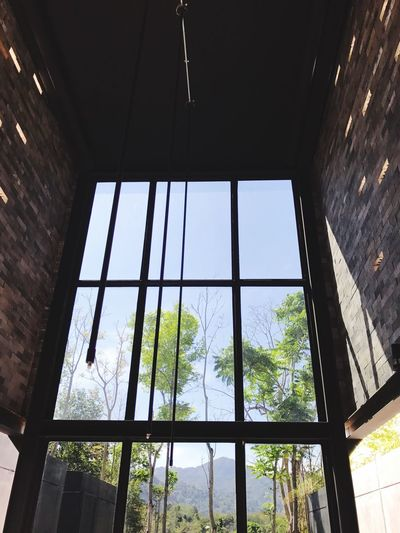 Window No People Architecture Lifestyles EyeEm Thailand Thailand ThaiLocal Low Angle View Built Structure Day Indoors  Sky Fun Joy Nature Afternoon Tea Coffee Break