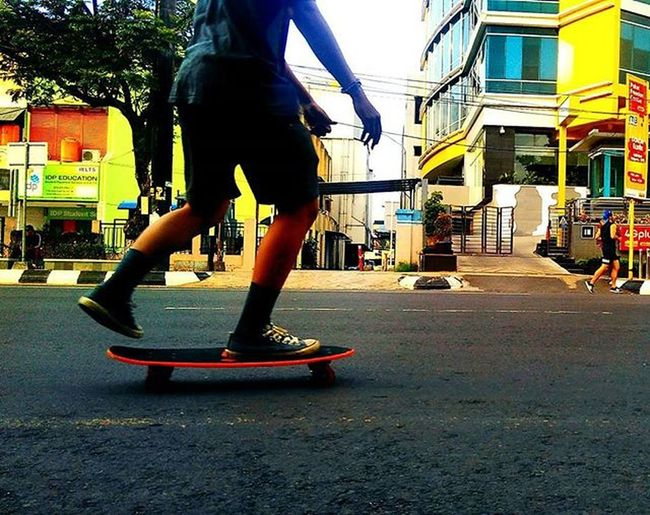 lets go !!! Itssundayfunday ItsSunday Semarang Seputarsemarang Pemkotsemarang Photographerponselindonesia Simpanglima Xiaomi Redmi2camera Photosemarang Pandanaranstreet Skateboarding Carfreeday Cfd Like4like Likeforlike Goodmorning Good Goodday Goodtime Happy Love Life Laugh Phonegraphy photography mobilephotography sport