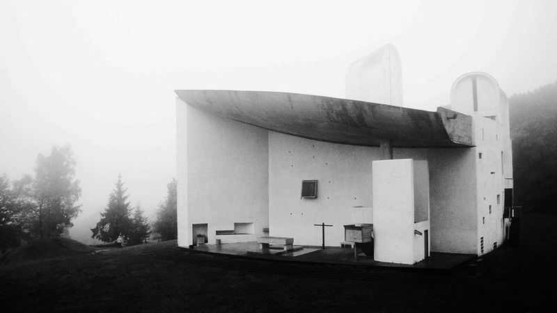 EyeEm Selects No People Built Structure Architecture Outdoors Day Sky Black And White Friday France Architecture Architecture_collection Architecturelovers Lecorbusier Ronchamp Fog Architecturephotography Architecture Facade Architecture Details Architecture_collection Architecture