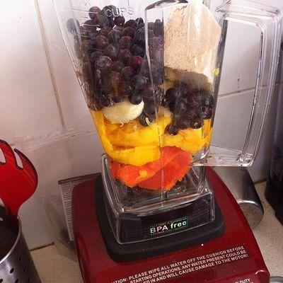Breakfast Fruit Fruitbat Gofruityourself goodness biochef 801010 rawkus rawsome