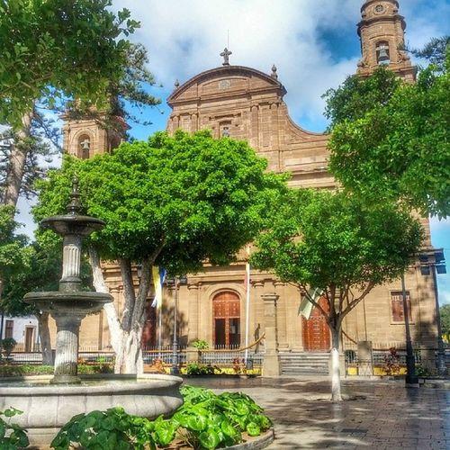 En la antigua ubicación del Palacio de los Guanartemes se levanta hoy la Iglesia de Santiago en Gáldar Church