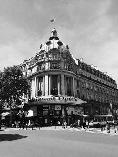 Architecture Building Exterior Built Structure City Day Gaumont Gaumont Opéra History Large Group Of People Outdoors People Sky Travel Destinations