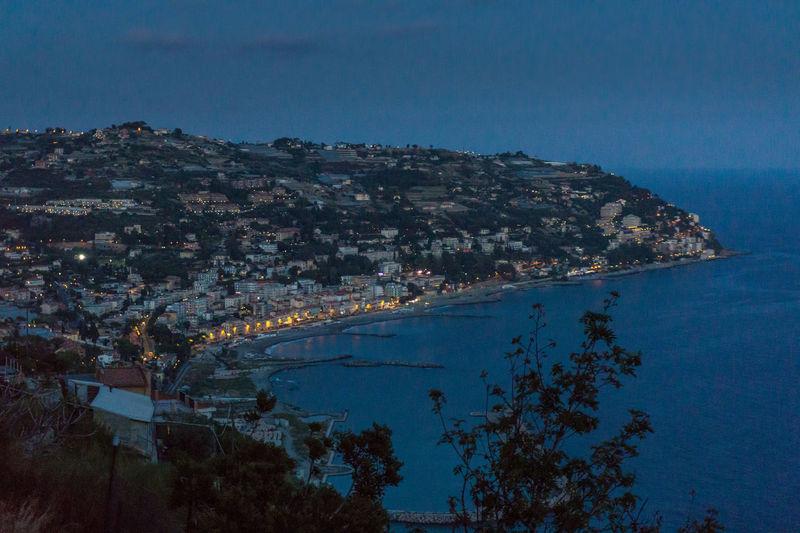 Blue Hour Costa Evening Light Italia Italie Italien Italy 🇮🇹 Landscape_Collection Lights Mare Meer Ora Blu Blaue Stunde Côté Italy Italy❤️ Italy🇮🇹 Landscape Landscape_photography Landscapes Mar Mer Riviera Sea ıtaly