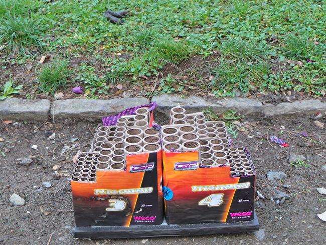 Abfall BANGER Feuerwerk Firecracker Firecrackers Fireworks Knallkörper Neujahr NewYear Straße Street Waste