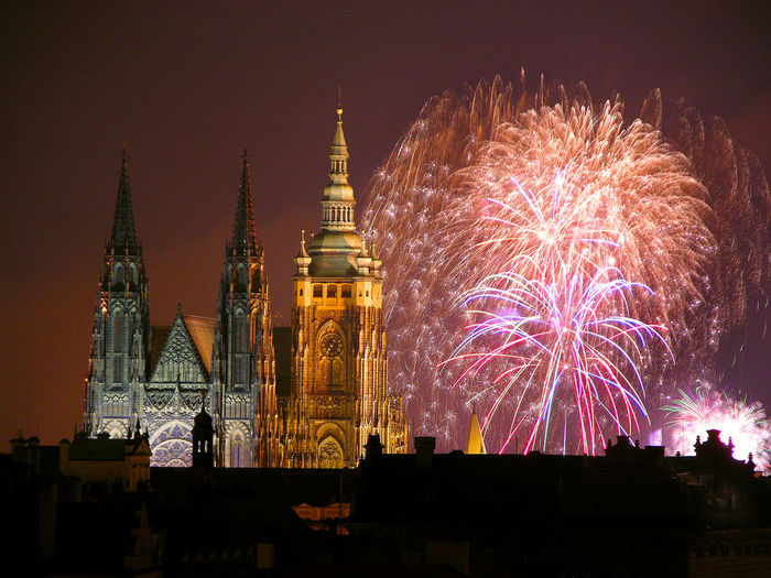 New Year´s fireworks over St Vitus cathedral, Prague castle (UNESCO), Czech republic Church Czech Republic Lanmark New Year's Eve Fireworks Saint Vitus Cathedral Travel Travelling Architecture Celebration City Festival Firework Display Illuminated Lights Trails New Year Celebration Night Prague Castle Pyrotechnics Sacral Scenics Sight St Vitus Basilica Steeple Tower Travel Destinations