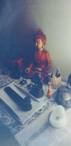 Home Cozy Warm Omshanti Namaste ❤ Figurine